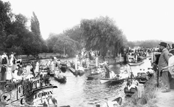 1896: Molesey Boat rollers, Francis Frith