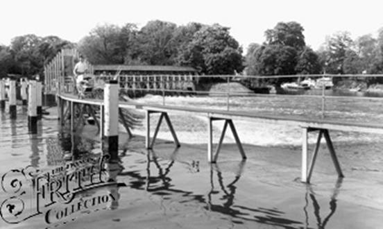 1965:  Molesey Weir, Francis Frith