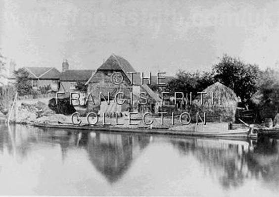 1900:  Sutton Courtenay, the Wharfe, Francis Frith